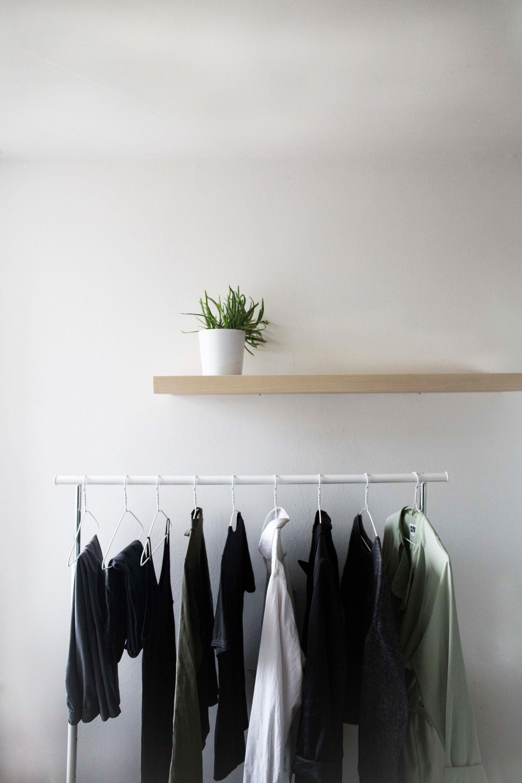 Minimalismus - Einblick in einen minimalistischen Kleiderschrank ...